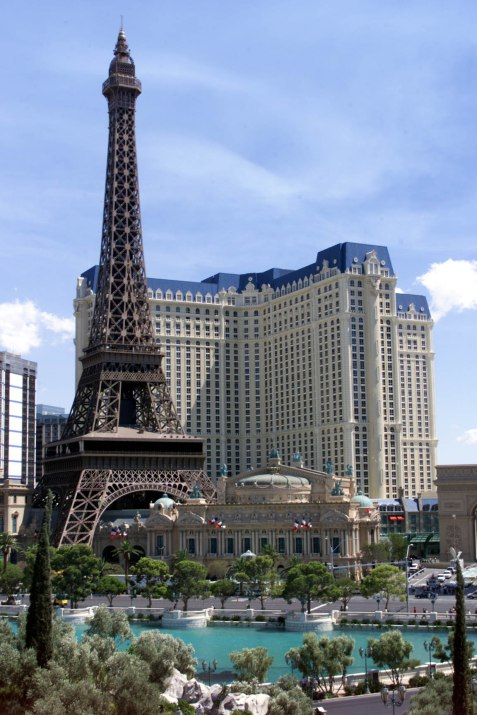 PARIS LAS VEGAS READY TO OPEN